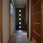 大阪八尾市H様邸 『森のような家』玄関