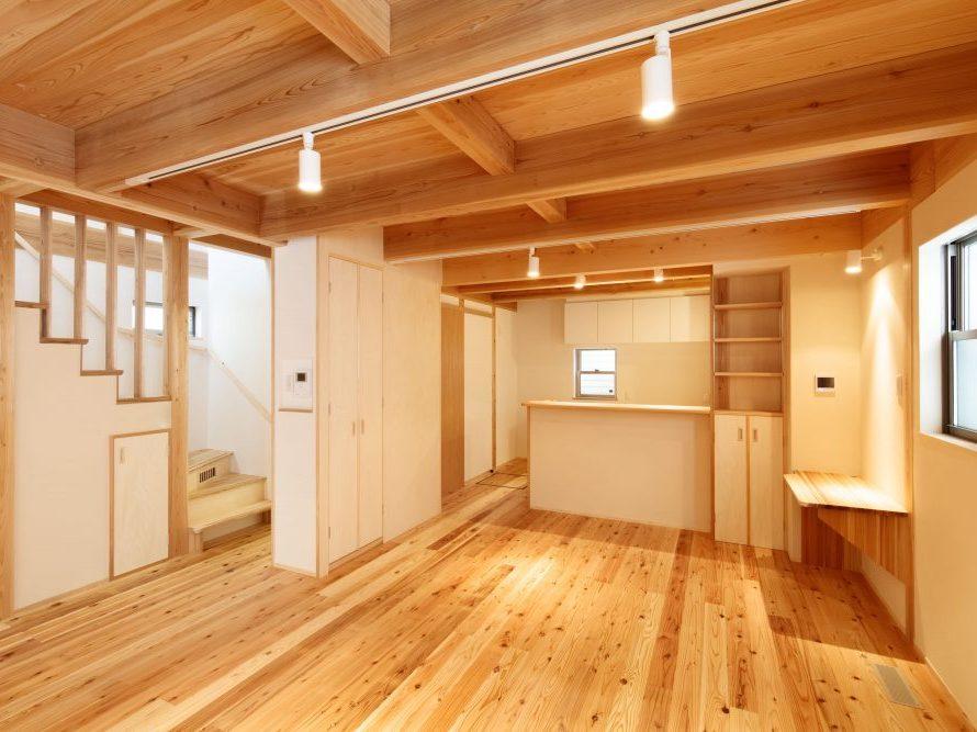 大阪で塗り壁の注文住宅を建てるソーラーコム